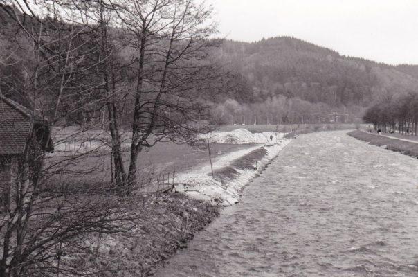 Dreisam als Kanal Foto Karl-Ernst Friederich